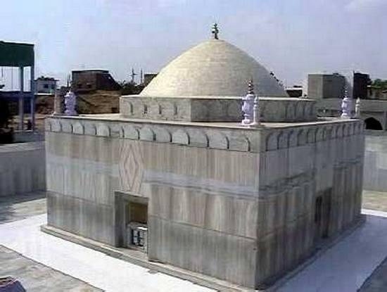 حضرت سیّد بَدیعُ الدین احمد شاہ مَدار علیہ رحمۃ اللہ الغفَّار ۔ امیج نمبر 3
