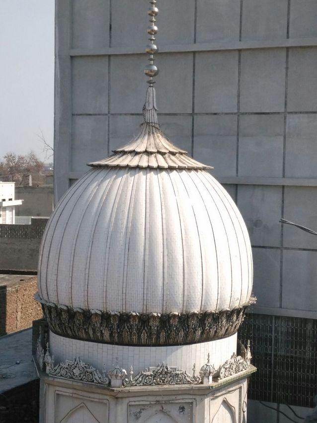 مزار شریف مفتی احمد یار خان نعیمی علیہ رحمۃ اللہ القَوی ۔ امیج نمبر 10