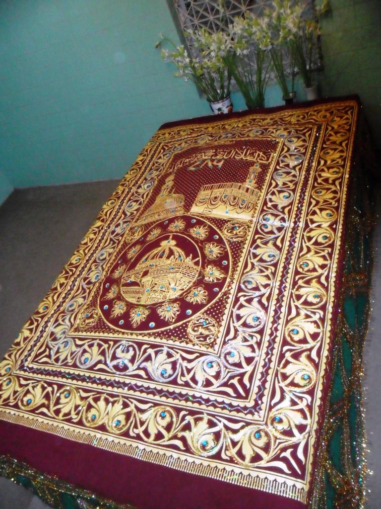 مزار شریف حضرت علّامہ مفتی سیّدمحمد عمیم الاحسان برکتی نقشبندی ۔ امیج نمبر 3