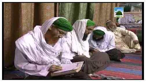 Masjid Kay Zair e Saya Ek Ghar Bana Lia Hai Ye Banda Ha Kamina Hamsaya Hai Khudaya Aisa Kehna Kaisa?