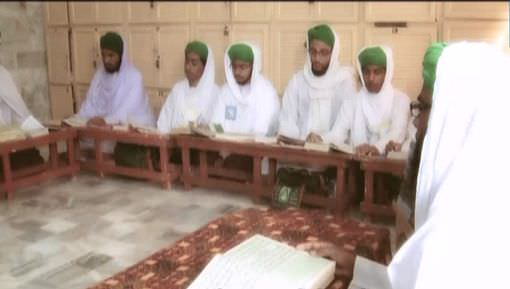 Promo - Majlis Madrasa tul Madina Courses Kay Tahat Mudarris Course Main 10 Shawwal ul Mukarram Tak Dakhlay Jari Hain