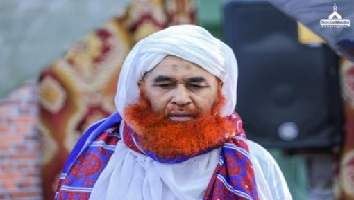 سید عابد شاہ بخاری کے لواحقین سے امیرِ اہلسنت دامت برکاتہم العالیہ کی تعزیت